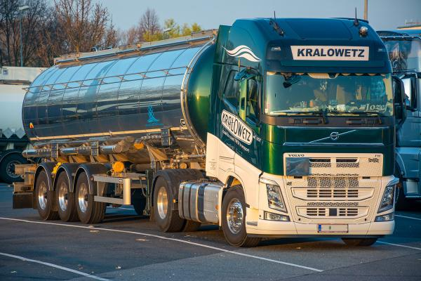 Tanktransport Kralowetz - Volvo FH 540
